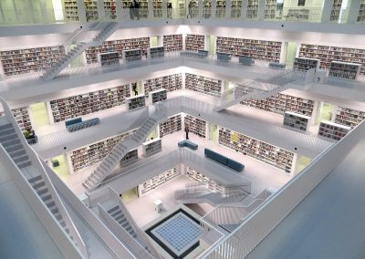 stuttgart_library_white_books_floors_stairs_interior_shelves-850317.jpg!d